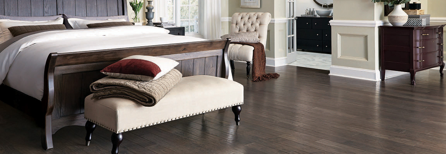 Selecting hardwood from abbey carpet floor freehold for Hardwood floors long branch nj